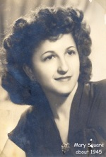 square-mary-lucy-1945-photo-202x300